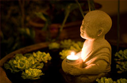 buddhism_candles 3